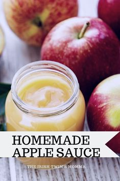 Homemade Apple Sauce It is healthy and naturally sweetened for the whole family to enjoy with only 5 ingredients to have fresh apple sauce. Easy Snacks, Healthy Snacks, Dinner Healthy, Easy Desserts, Healthy Eats, Homemade Applesauce, Apple Sauce Homemade, Applesauce Recipes, Canned Applesauce