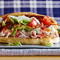 """Mexican BLT Lobster Rolls - I feel a whole lotta """"sandwiches for dinner"""" nights coming on! Lobster Roll Recipes, Lobster Rolls, Seafood Recipes, Mexican Food Recipes, Cooking Recipes, Lobster Sandwich, Lobster Salad, Quesadillas, Tamales"""