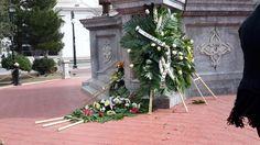 Llevan a cabo ceremonia por natalicio de Ignacio Allende; bajo el frío viento hacen esperar a los invitados | El Puntero