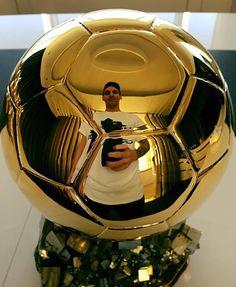 Messi se sacó un FOTÓN con su quinto Balón de Oro #messi by todonoticias