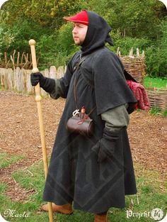 SALE Pilgrim's 'Gardecorps' / Pilgrim's Gown / by LadyMalinaCom