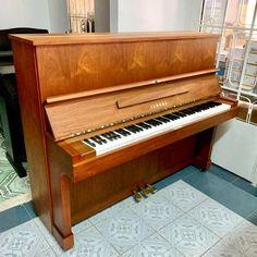 Piano Bien Hoa gia re Piano, Yamaha, Music Instruments, Musical Instruments, Pianos