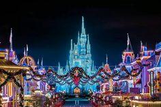 Disney World Vacation, Disney Vacations, Disney Trips, Disney Parks, Walt Disney World, Vacation Places, Magic Kingdom Christmas, Disney World Christmas, Disney World Magic Kingdom