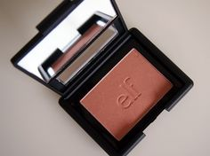 #83133 Candid Coral http://eyeslipsface.nl/product-beauty/blush