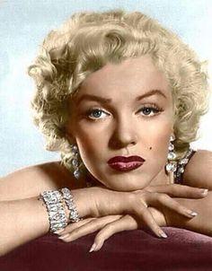 Marilyn monroe ...Diamonds ..