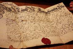 Ein alter Gerber Lehrbrief in einem der Salzburger Traditionsbetriebe
