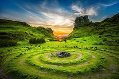 Fairy Glen is situated between Sheader and Balnacnoc on the Trotternish Penisula in the North end of the island