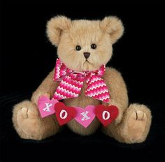 Bearington Valentine's Day Kisses N' Hugs Plush Teddy Bear Valentine Day Kiss, Bear Valentines, Teddy Bear With Heart, Love Bear, Teddy Bear Clothes, Boyds Bears, Cute Teddy Bears, Tatty Teddy, Plush