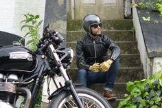 Vanson City Leather Jacket, Triumph Thruxton , Bell Custom 500