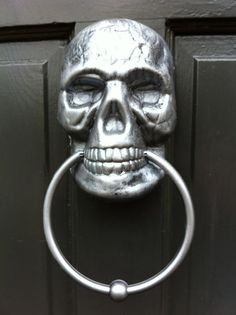 SKULL Door Knocker... TURN ME.
