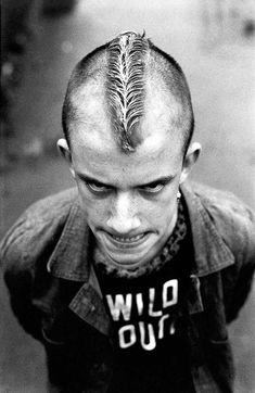 By the time Gavin Watson was he was fully immersed as a skinhead in the world of 2 Tone and documenting his friends and brother with his camera. Street Photography, Fashion Photography, Punk Baby, Cool Hairstyles For Men, Skinhead, Face Expressions, Punk Goth, Youth Culture, Cute Gay