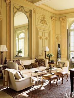 Grand Salon Sitting Room by Timothy Corrigan Loire Valley France Chateau du Grand Luce Renovation Architectural Digest, French Interior Design, Classic Interior, Knole Sofa, Loire Valley, American Interior, French Architecture, Traditional Interior, Traditional Design