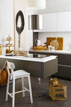 Prenez rendez-vous avec un expert Darty Cuisine! Conception sur-mesure : Couleurs, matériaux, style… Votre cuisine sera comme vous voulez, les possibilités sont infinies. Comme, Table, Furniture, Home Decor, Bespoke Design, I Want You, Colors, Decoration Home, Room Decor