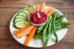 Céklás humusz friss zöldségekkel - Receptek | Ízes Élet - Gasztronómia a mindennapokra