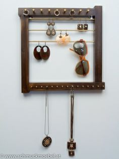 www.farbeninsleben.at Schmuckaufbewahrung Jewelry Holder, Candle Sconces, Wall Lights, Gold, Home Decor, Brown, Appliques, Decoration Home, Candle Wall Sconces