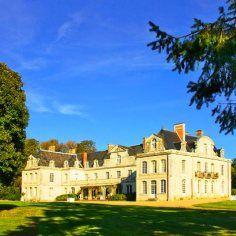 Cazare la castelele de pe Valea Loarei. chateau-des-briottieres-champigne.