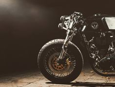 overboldmotorco:    #caferacer #caferacers #caferockets #caferacerxxx #caferacerclub #caferacerporn #caferacersofinstagram #croig #caferacersociety #bikersofinstagram #bikebrewers #builtnotbought #photooftheday #custommotorcycle #custombike #rideordie #ridecafe59 #acecafe #custommotorcycles by bikebrewers http://overboldmotor.co
