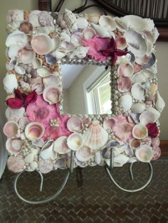 Colorful SeaShell Flower Mirror #DIY