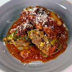 Mom's Stuffed Cabbage / Mario Batali / The Chew / with beef and sausage The Chew Recipes, Beef Recipes, Great Recipes, Dinner Recipes, Cooking Recipes, Favorite Recipes, Dinner Ideas, Recipies, Meatless Recipes