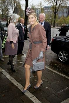 NEWMYROYALS & HOLLYWOOD FASHION: Queen Maxima Attends an Awards Ceremony in Amsterdam