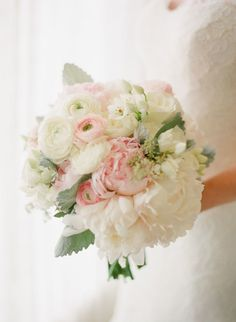 Classic white + pink bouquet: http://www.stylemepretty.com/2016/01/20/nautical-navy-pink-florida-wedding/ | Photography: KT Merry - http://www.ktmerry.com/