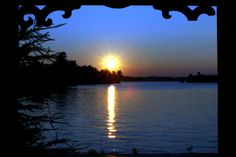 Sunset over Lake Muskoka, Gravenhurst Arctic Circle, Small Towns, Ontario, Alaska, Places To See, Things To Do, Sunrise, To Go, Canada