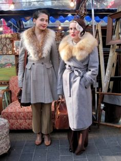 Bright Young Twins: A lovely Thursday Autumn Street Style, Street Style Looks, Retro Fashion, Vintage Fashion, Fashion Styles, Style Me, Retro Style, Vintage Style, Vintage Bohemian