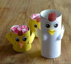 How to make ALL animals with paper tubes … Paper Towel Roll Crafts, Toilet Paper Roll Crafts, Paper Plate Crafts, Paper Crafts For Kids, Easter Arts And Crafts, Kids Origami, Crafts For Seniors, Christmas Tree Crafts, Halloween Crafts For Kids