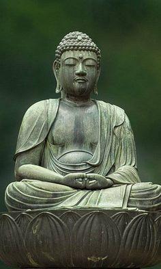 Dhyana Mudra: Meditation Gautama Buddha, Amitabha Buddha, Buddha Buddhism, Buddhist Art, Buddhist Texts, Buddha Kunst, Art Buddha, Buddha Zen, Buddha Statues