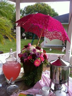 Amazing garden tea party themed decor for bridal shower -Umbrella Bridal Shower Umbrella, Tea Party Bridal Shower, Shower Party, Baby Shower, Bridal Showers, Umbrella Wedding, Deco Champetre, Wedding Decorations, Table Decorations