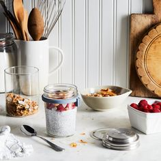 Set includes: 1 x litre Kilner jar Stainless steel lid that doubles as measuring cup Airtight disc seal Stainless steel spoon Silicone spoon holder Gift boxed Dishwasher safe Breakfast In A Jar, Kilner Jars, Salad In A Jar, Homemade Butter, Lunch To Go, Rice Bowls, Chia Pudding, Canning Jars, Food 52