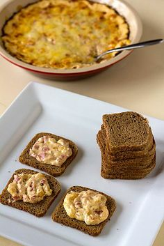 Hot Reuben Dip... 8 ounces cream cheese, softened, 1陆 cups (6 ounces) shredded Swiss cheese, 4 ounces deli sliced corned beef, chopped 陆 cup Thousand Island dressing, 陆 cup drained sauerkraut 1. Preheat oven to 400 degrees F. 15m