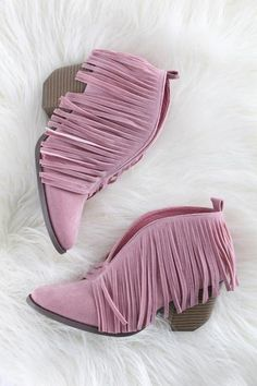 Lakota Fringe Booties | pink fringe boots | boutique style | therollinj.com