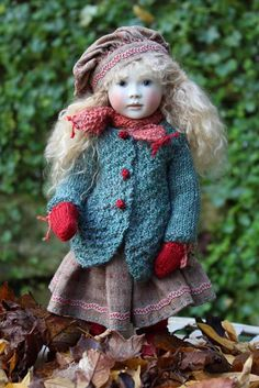 Roche Doll - Minnie dressed for a winter's day