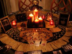 Really cool Halloween tablescape. Love the use of the Ouija board eventhou those things freak me out!