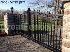 Style 1 Industrial Estate Gate with Rings and Gold Finials