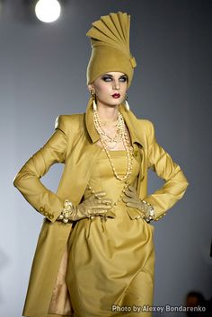 Mustard Yellow, Russian designer, Slava Zaitsev's Autumn-Winter 2010/2011 Collection