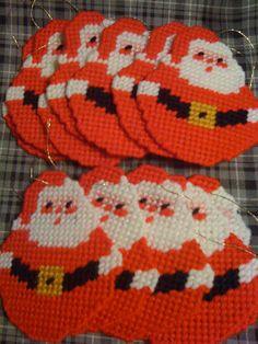 Santas Plastic Canvas Coasters, Plastic Canvas Ornaments, Plastic Canvas Crafts, Plastic Canvas Patterns, Cross Stitching, Cross Stitch Embroidery, Cross Stitch Patterns, Plastic Canvas Christmas, Canvas Designs