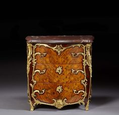 A LOUIS XV Ormolu-MOUNTED, tulipwood AMARANTH AND CONVENIENT, ATTRIBUTED TO ADRIEN DELORME
