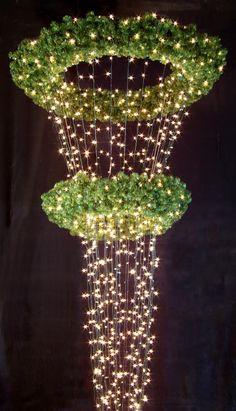 Custom Designer Christmas Wreaths   Custom design commercial Christmas Decorations   Crystal Valley ...