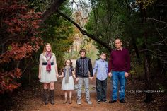 Kelly Colson Photography - Family of 5 pose
