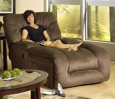 Now that's a recliner... I would never do a thing!