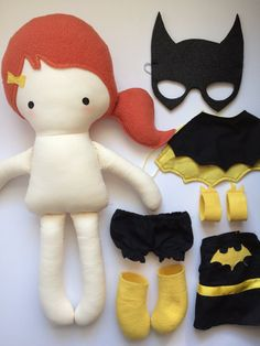 Batgirl Handmade Doll Cloth Doll Geek Doll by weelittlestitches - mi sitio Felt Dolls, Doll Toys, Baby Dolls, Harry Potter Dolls, Princess Toys, Fabric Toys, Sewing Dolls, Diy Doll, Cute Dolls