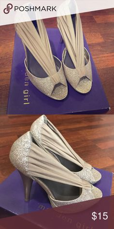 Madden Girl Ouvre Gold Glitter Heels Size 6 1/2 never worn, have original box. Madden Girl Shoes Heels