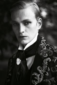 oswaldgrouse: Gerhard Freidl by Adriano Russo Vampire Love Story, Vampire Stories, Creative Writing Stories, The Frankenstein, Dandy Style, Model Face, Male Models, Character Inspiration, Steampunk