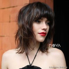 24 Different Shag Haircut Ideas To Beautify Any Texture hair how to cut thick bangs for thin hair - Thin Hair Cuts Short Shag Hairstyles, Thin Hair Haircuts, Cool Haircuts, Layered Hairstyles, Popular Haircuts, Fancy Hairstyles, Anime Hairstyles, Amazing Hairstyles, Hairstyles Videos