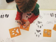 """Preschool Science: Animals in Winter (part one) : Arctic Animals - animal tracks in the """"snow"""" (stamps or stencils on white paper) Animal Activities, Sensory Activities, Winter Activities, Activities For Kids, Preschool Themes, Preschool Science, Preschool Crafts, Preschool Snacks, Preschool Printables"""