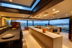 loads of workspace in this kitchen