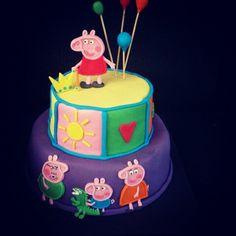 Peppa  pig  torta de dos pisos
