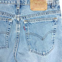 014bef0ec2439 Levi s 550 Womens High Waist Vtg Blue Jean Light Wash Made in USA Size 12